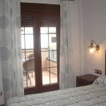 Imagen de una habitación con terraza