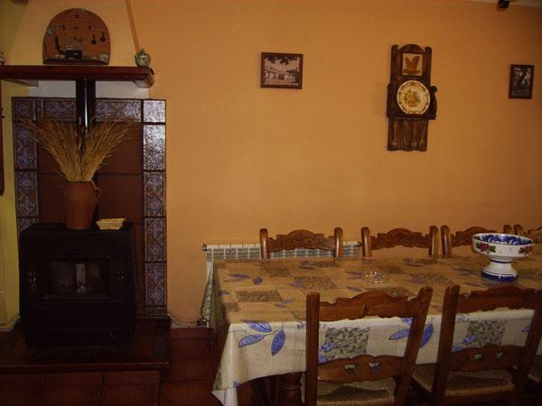 Casa rural ricardo turismo sierra de albarrac nturismo sierra de albarrac n - Casa rural bronchales ...