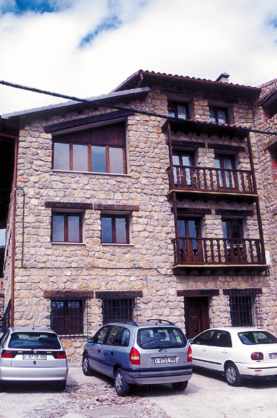 Casa rural sierra alta turismo sierra de albarrac nturismo sierra de albarrac n - Casa rural bronchales ...