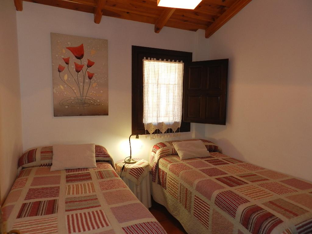 Apartamentos el brezo turismo sierra de albarrac nturismo sierra de albarrac n - Apartamentos en albarracin ...
